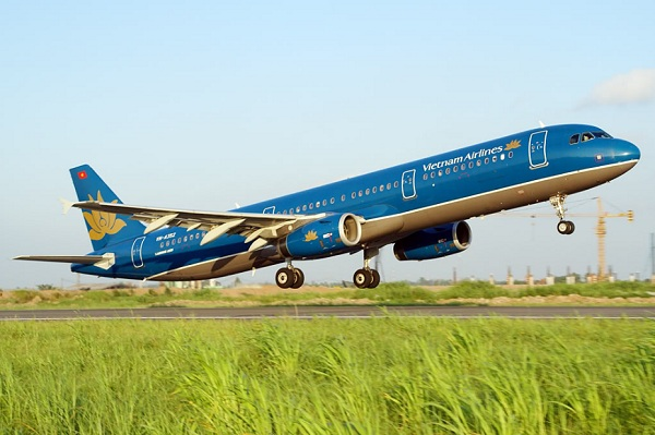 bay-cung-vietnam-airlines